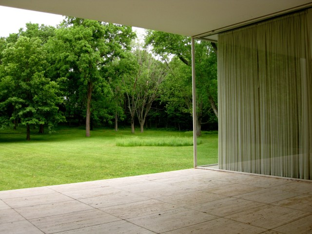 News: Farnsworth House movie