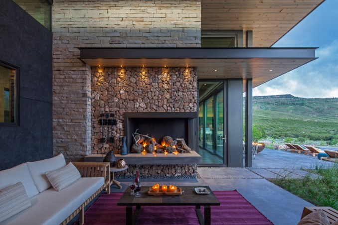 Gambel Oaks Ranch by CCY Architects