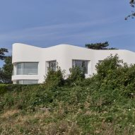 Ness Point House by Tonkin Liu Architects