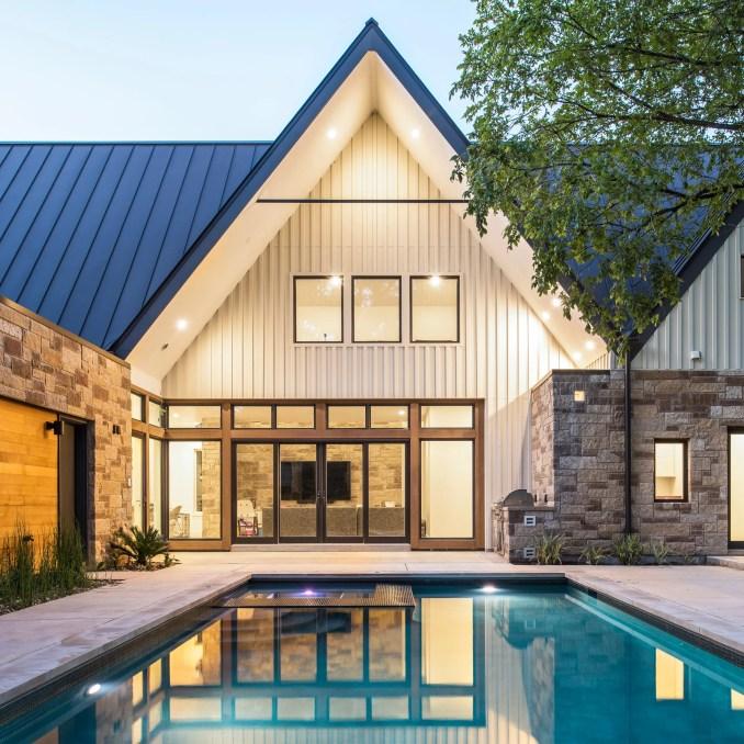 Laurelwood House by Design Hound