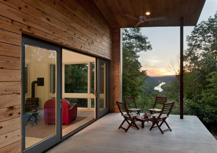 Ridge House by GriD Architects