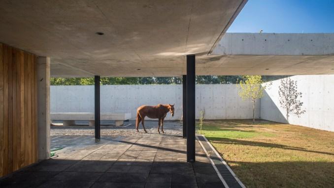Figueras Polo Stables by Estudio Ramos