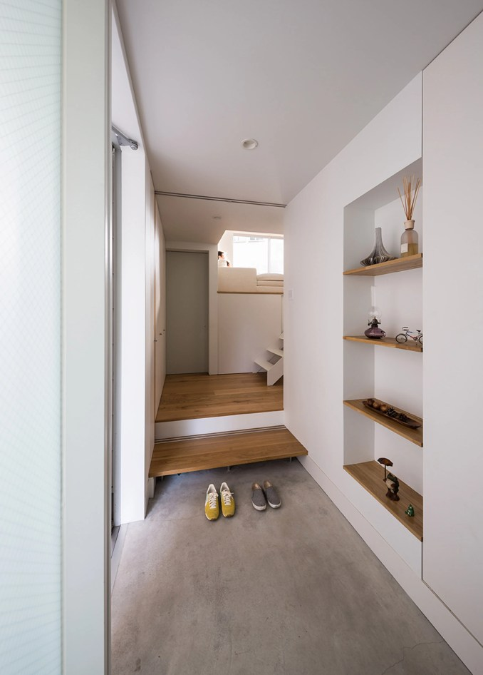 Gap House by MUU Store Design Studio