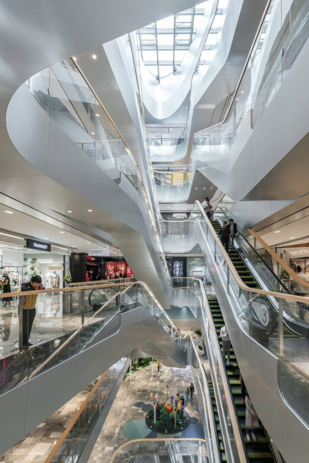 UNStudio completes a mixed-use development in Hangzhou, China