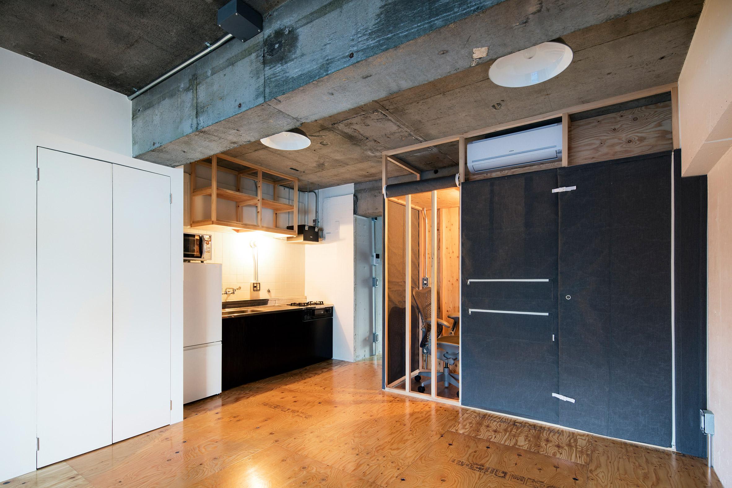 House in Nakameguro by Daisuke Motogi Architecture