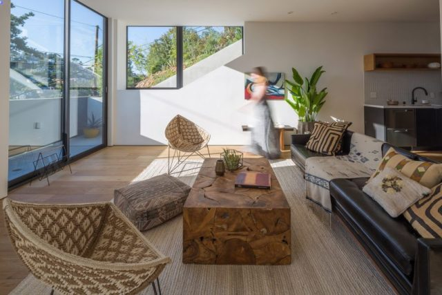 Tilt-Shift House by Aaron Neubert Architects