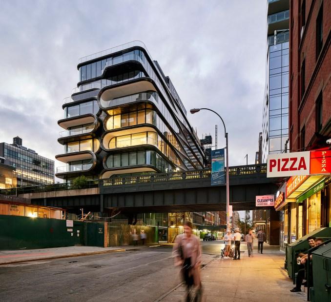 520 West 28th by Zaha Hadid Architects