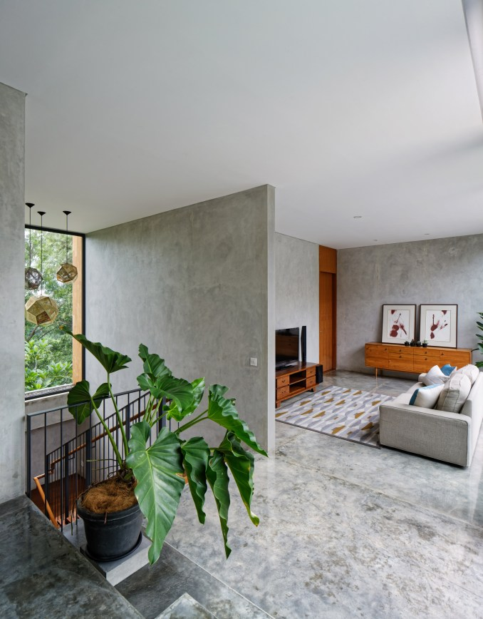 House of Inside and Outside by Tamara Wibowo Architects