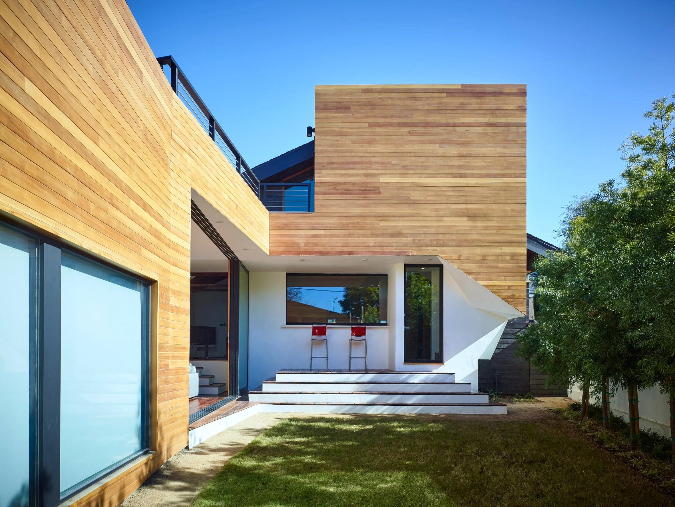Fenlon House by Martin Fenlon Architecture