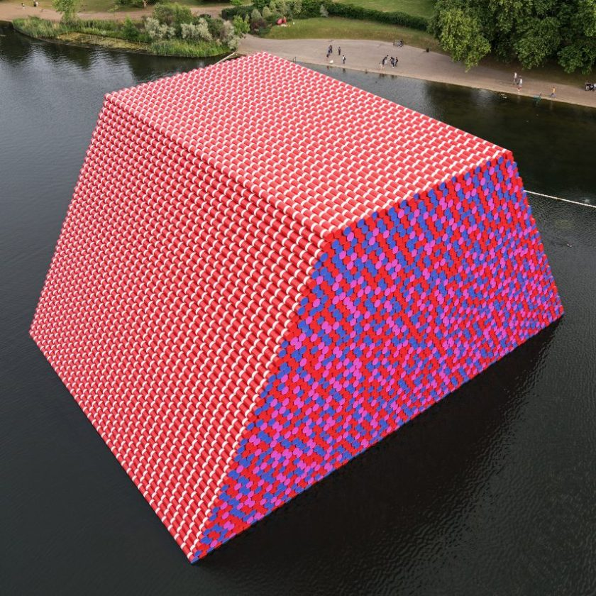 Dezeen's top 10 installations of 2018: The London Mastaba, UK, by Christo