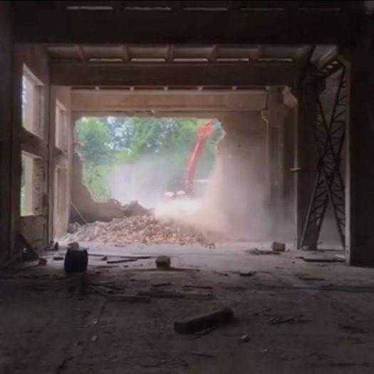 Ai Weiwei's Beijing studio demolished
