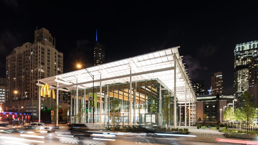Chicago McDonald s by Ross Barney Architects compared to Apple stores Chicago McDonald s by Ross Barney Architects draws comparisons to Apple  stores