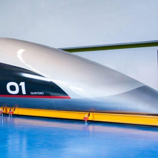 """Priestmangoode creates full-scale prototype of """"spaceship-like"""" Hyperloop capsule"""