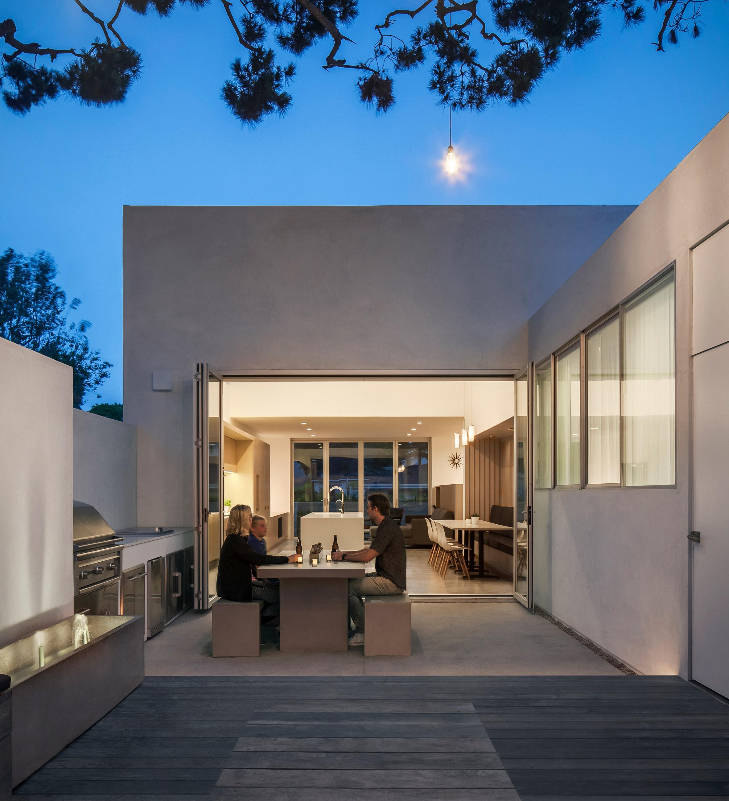 Corner Pocket House by Edward Ogosta Architecture