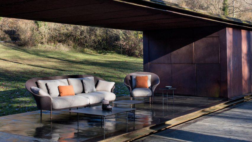elizabeth taylor with liz outdoor furniture