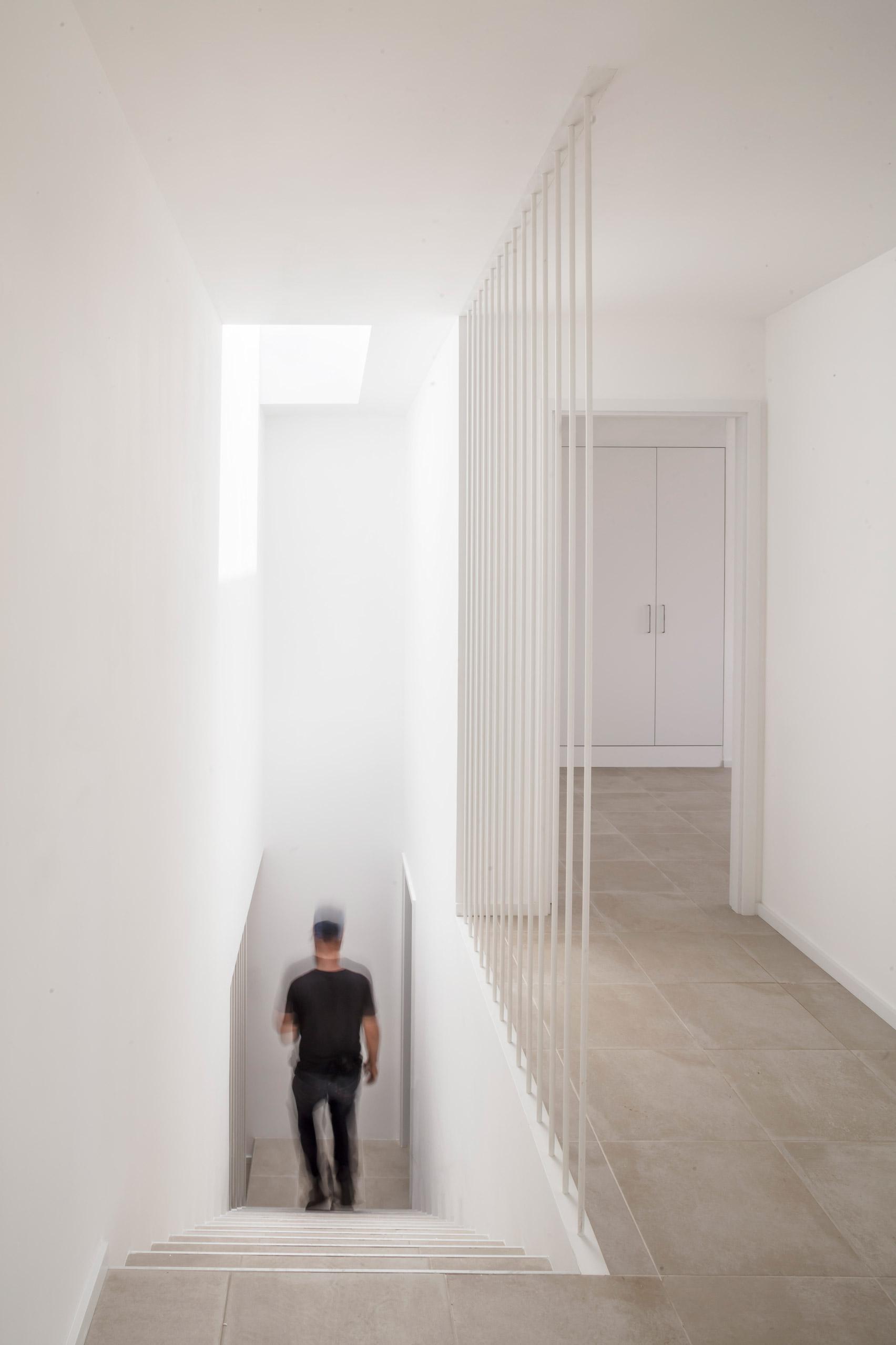 Villa Catwalk by Nomo Studio in Menorca