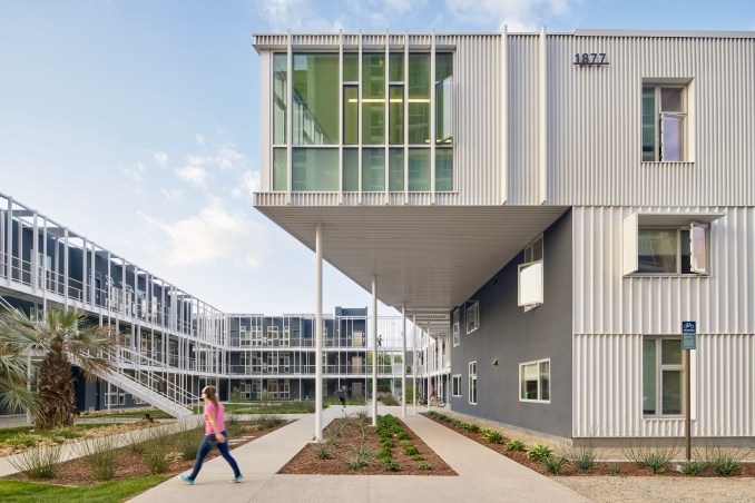 UCSB San Joaquin student housing by LOHA