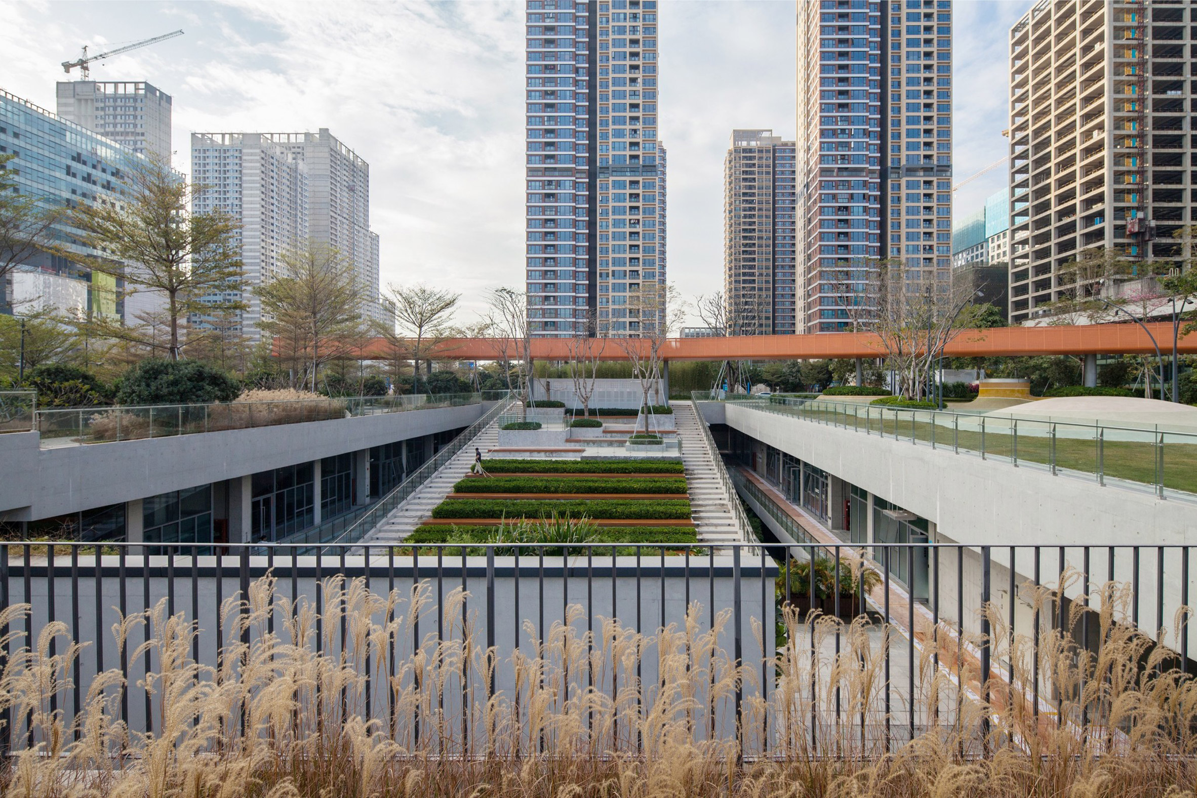 Vanke Design Community Liuxiandong Plot A4 B2 by fcha