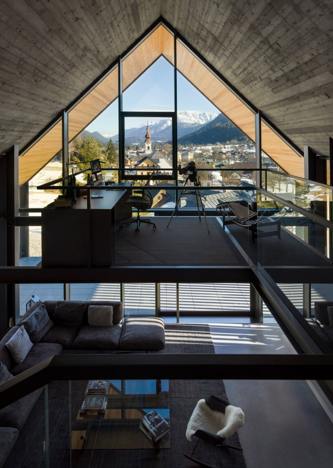 Z House by Geza