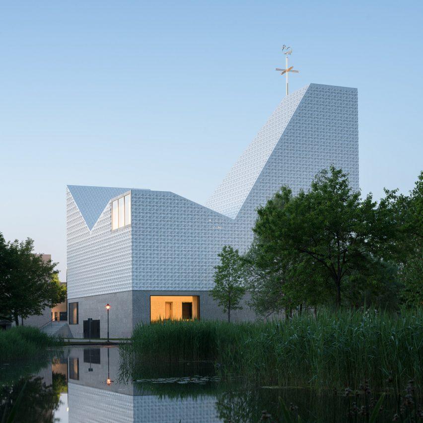 Kirche Seliger Pater Rupert Mayer church by Meck Architekten in Poing, Germany