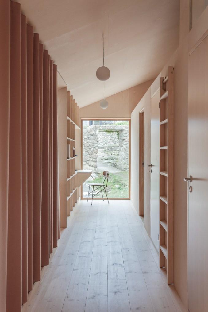 Villa Vassdal by Studio Holmber