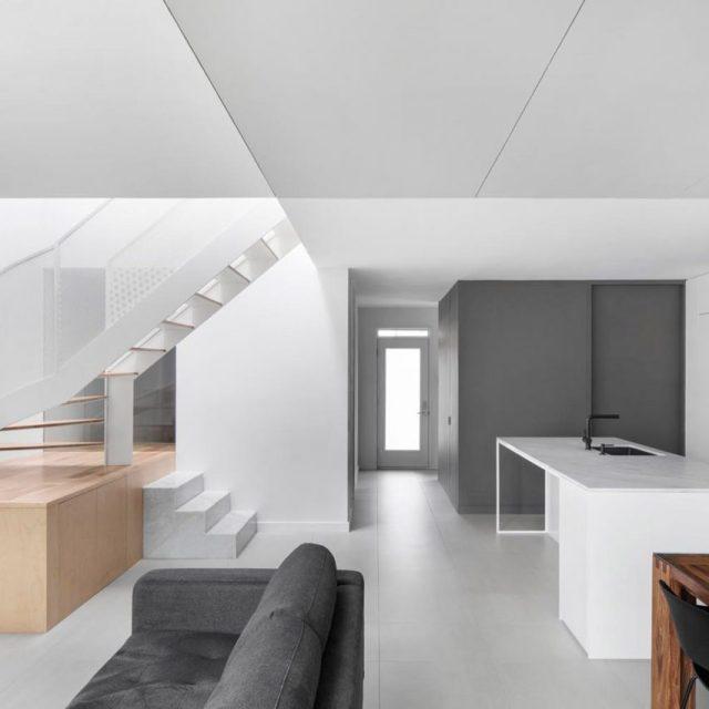 De la Roche Residence by Naturehumaine