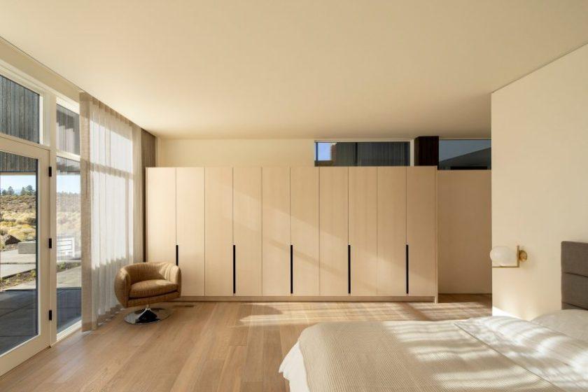 High Desert Residence by Hacker Architects