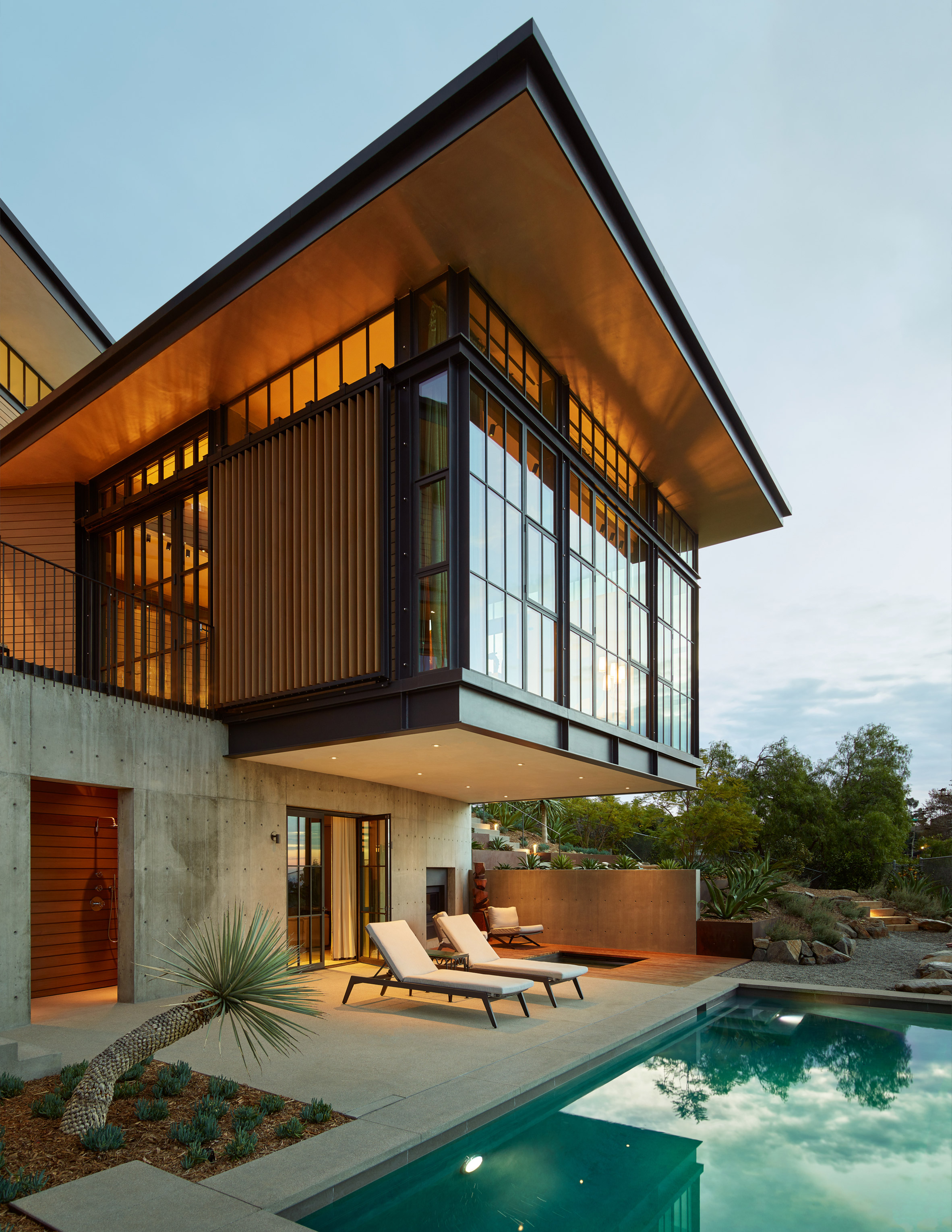 Hollywood Hills by Mutuus Studio