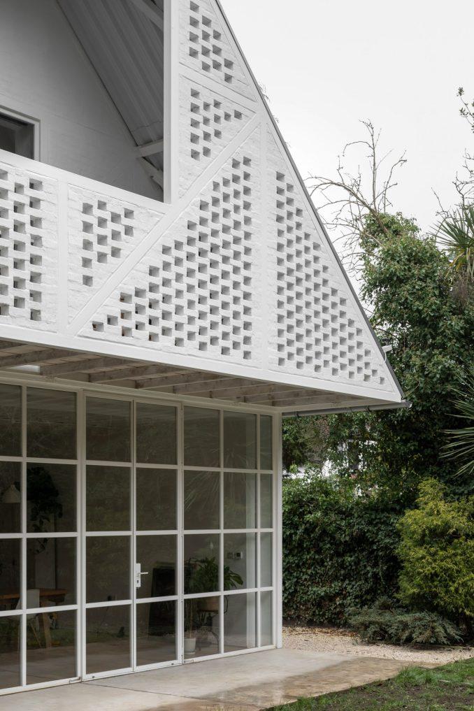 Ditton Hill House by Surman Weston in Surbiton