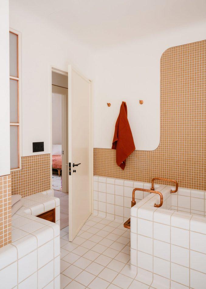 Bathroom of 20 Bond apartment by Home Studios