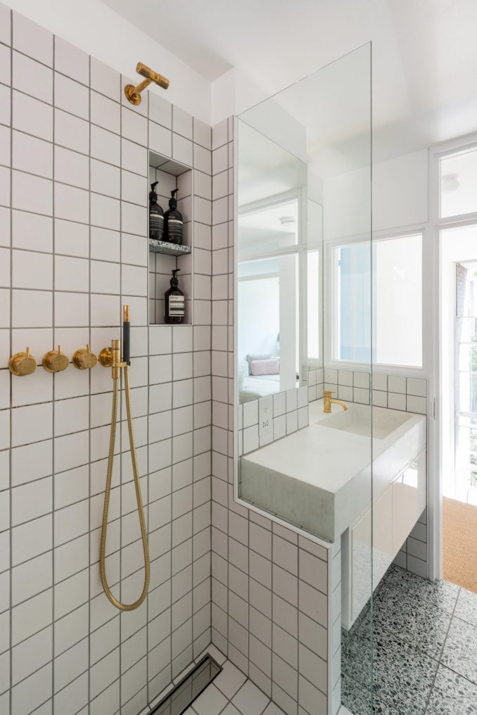 Shower and bath in Golden Lane flat by Archmongers