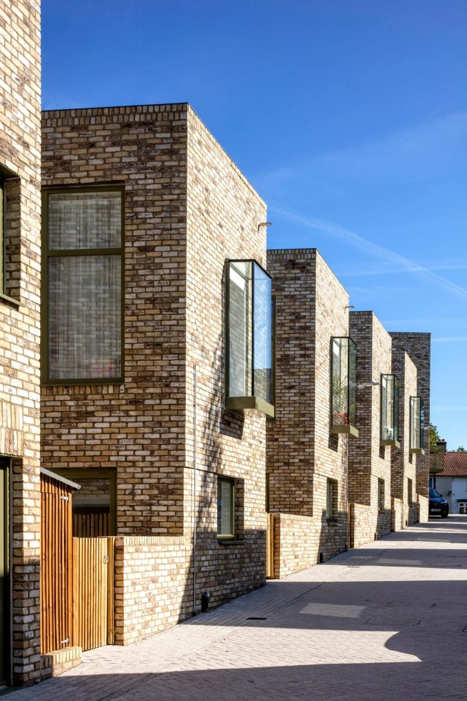 Courtyard-style terraced housing