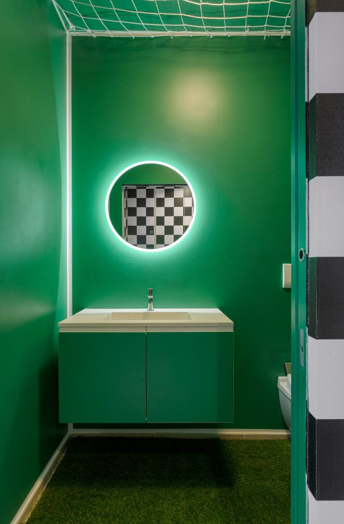 Bathroom of Defhouse for influencers in Milan