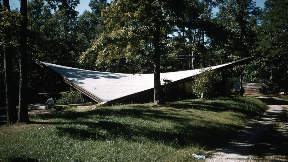 Catalano House in Raleigh, North Carolina, by Eduardo Catalano