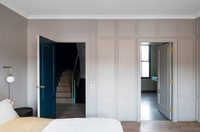 Bedroom in Frame House by Bureau de Change