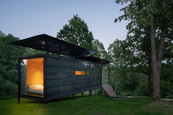 Metal structure of 019 Cabin by ŠA Atelier and Piritas