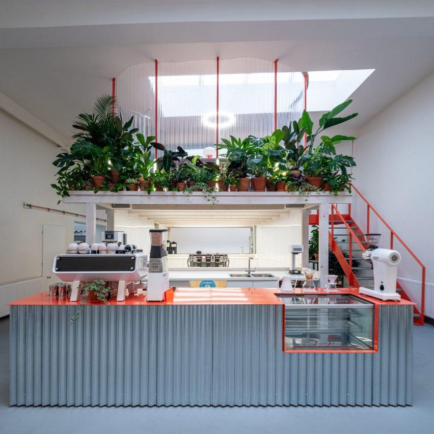 Grounds Coffee Hub in Prague by Kogaa