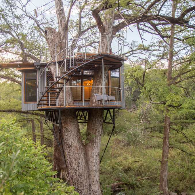 A treehouse-style retreat in Texas, US
