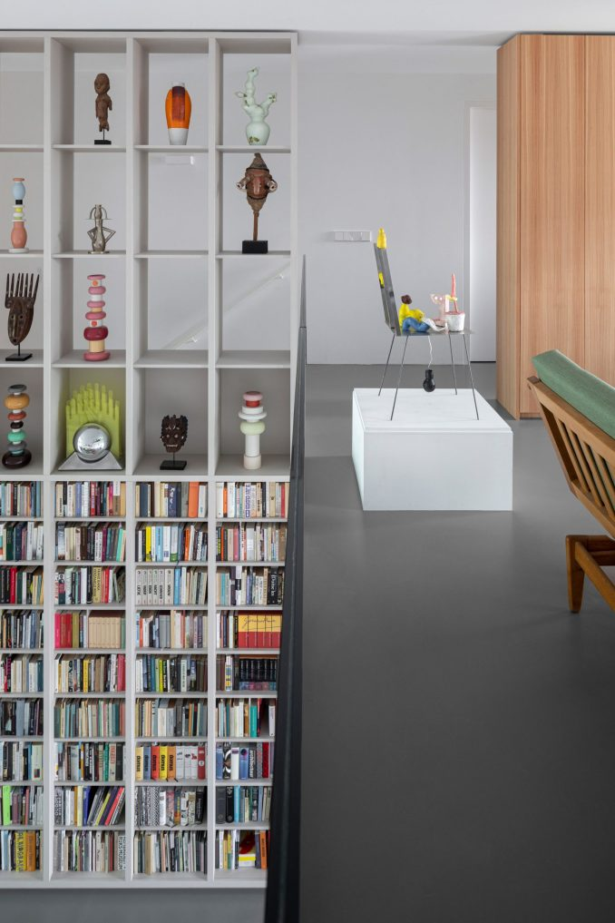 Double-height book shelf and display cabinet