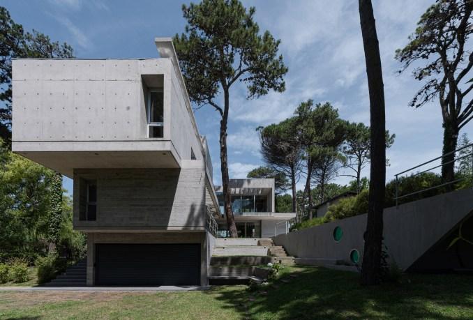 Concrete House Argentina Cantilever Estudio Galera