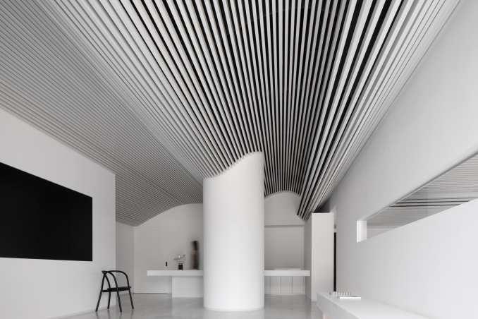 Runxuan textile office has white interiors