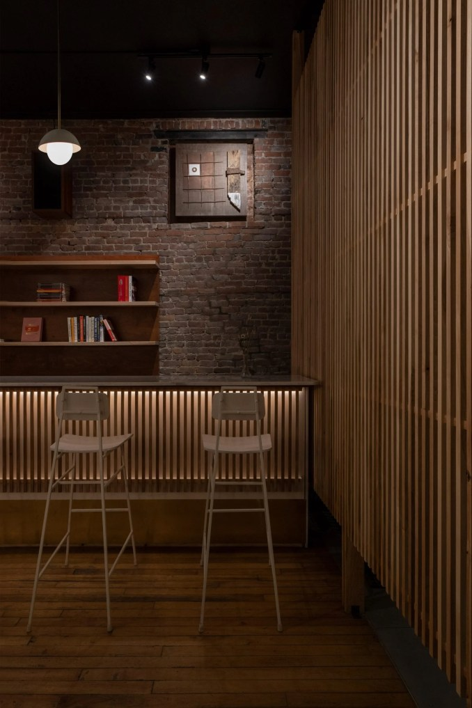 Wine bar in Montreal with wood slat screen