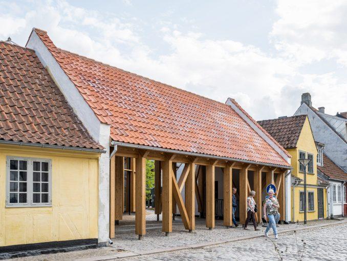 Entrance of H C Andersen museum