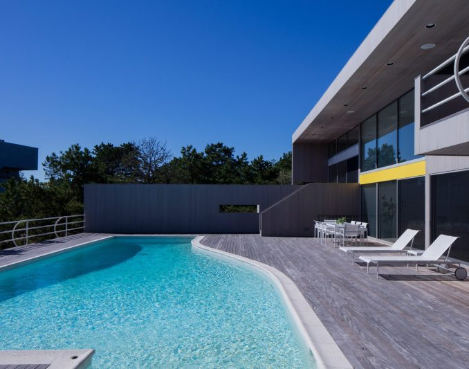 Worrell Yeung added a swimming pool to the deck