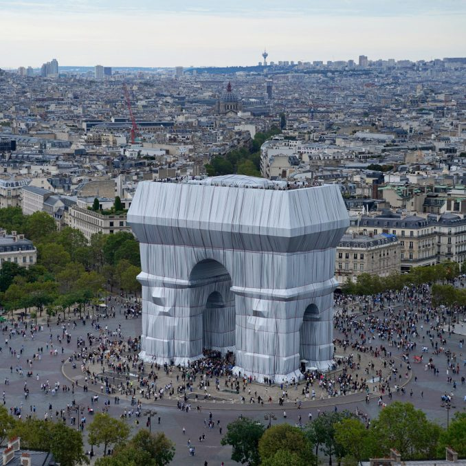 Arc de Triomphe opens to the public