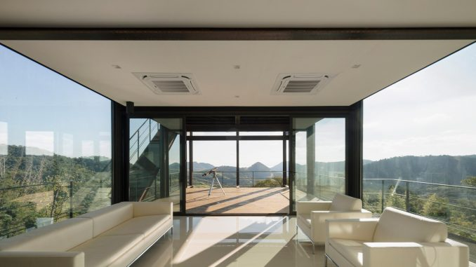 Bauen added minimal interiors to the house
