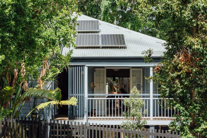 The Queenslander cottage was renovated by Nielsen Jenkins
