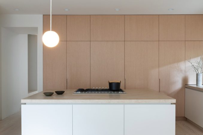 Clean lines in the kitchen