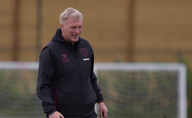 David Moyes, yesterday during training with West Ham.