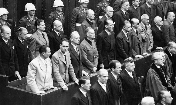 Die Anklagebank im Nürnberger Prozess gegen die NS-Hauptkriegsverbrecher, links Hermann Göring / Bild: (c) imago/ZUMA/Keystone (imago stock&people)